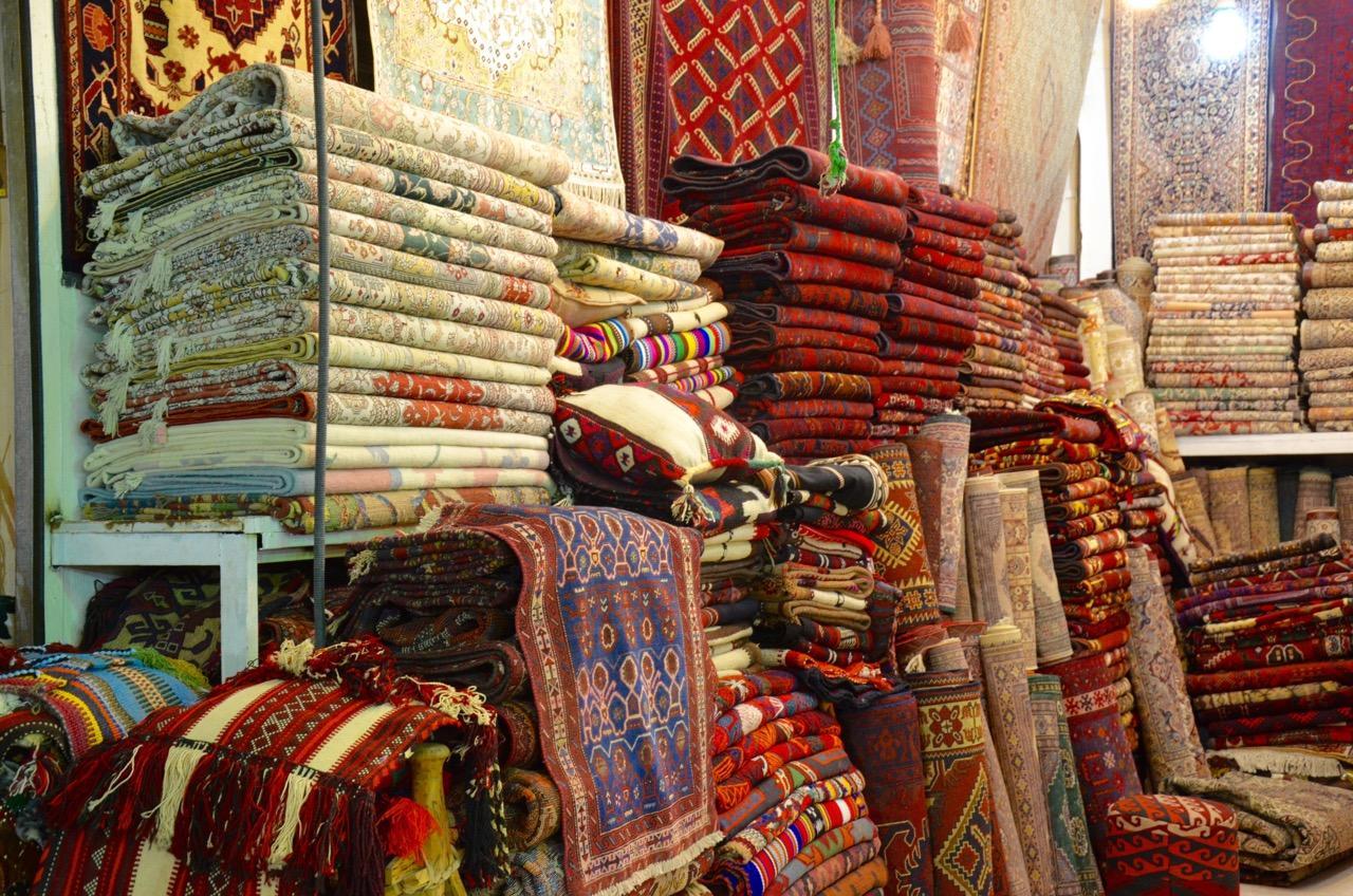 10 أسواق شعبية في السعودية تأخذك نحو الماضي وتراثه • زد